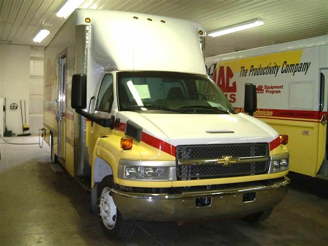 truck-service-repair-1